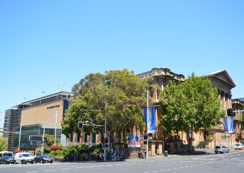 Australian Museum (AM) as seen from Hyde Park