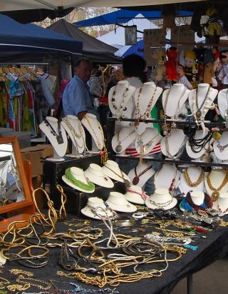 Market of Handmade Bargains