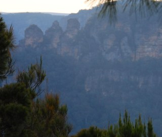 The Three Sisters in the Sydney Blue Mountains.