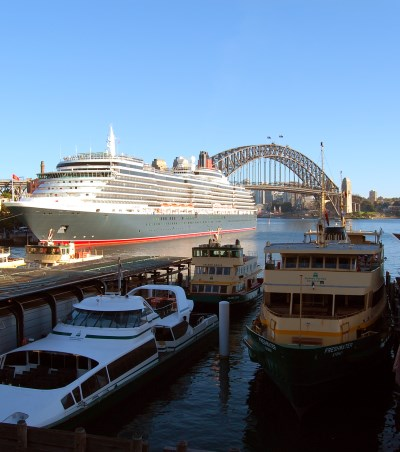 Ships and Boats on Sydney Harbour