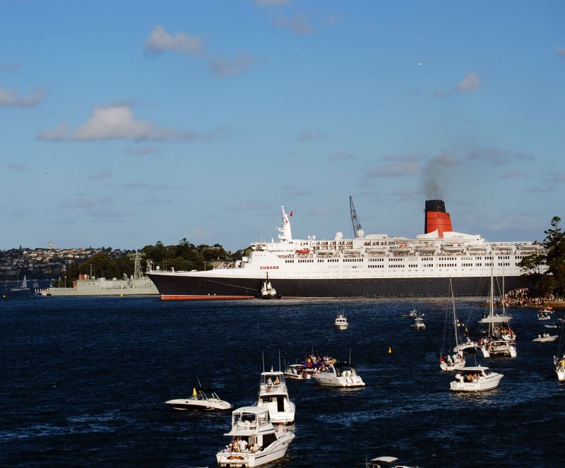 Cunard's Queen Mary leaves its berth at Garden Island on her last Voyage.