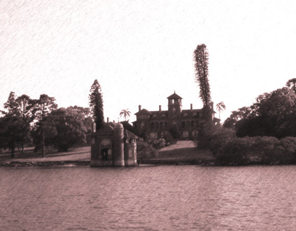 The photo is of the dock entrance to the Yarralla Estate, on the Parramatta River.