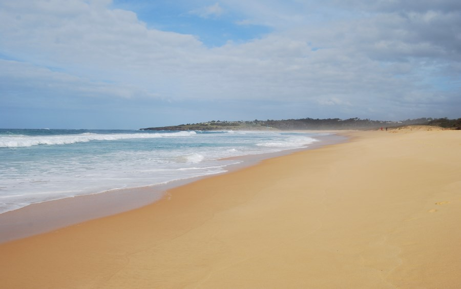Looking towards Merimbula from South Tura Beach without footprints.