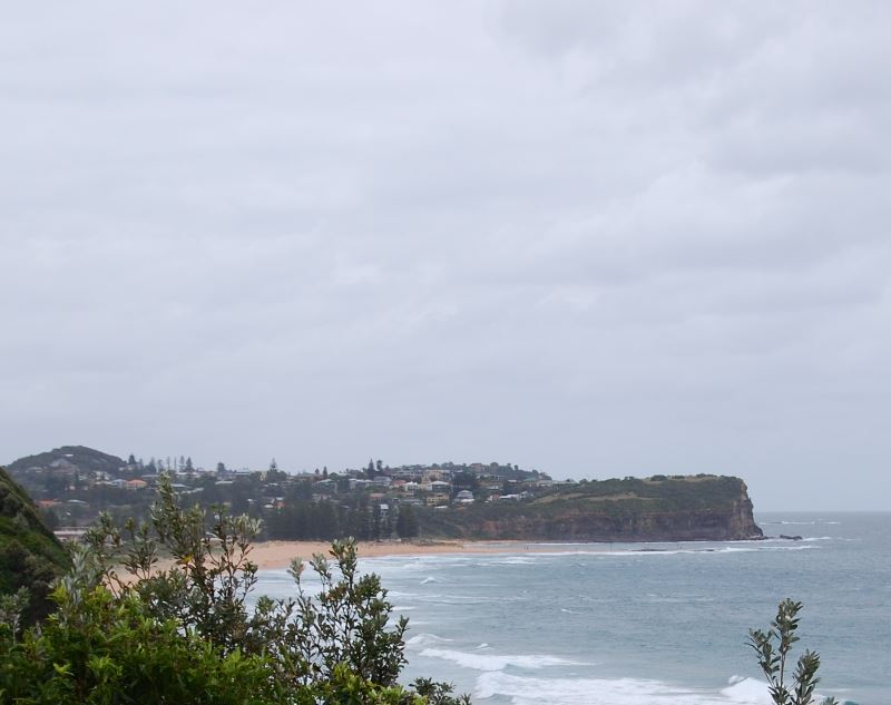 Mona Vale Beach, with the Golf Course just behind it.