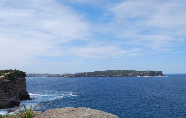 The grand entrance to Sydney Harbour from the Ocean