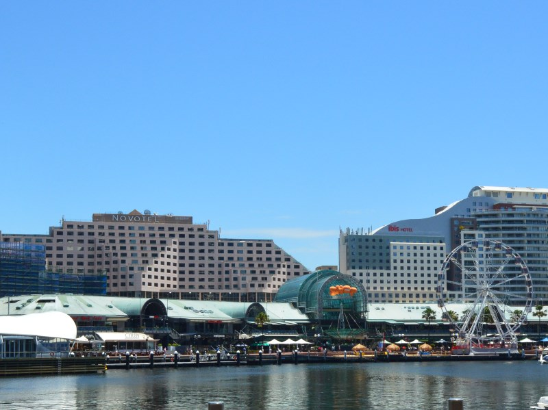 Darling Harbour shopping at Harbourside